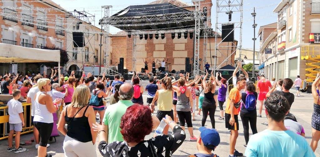 San Sebastián De Los Reyes Muestra Su Solidaridad Bailando En La Calle Aecc Madrid